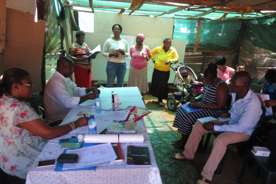 Rose Molokoane facilitates daily savings workshop for FEDUP treasurers and collectors in Limpopo