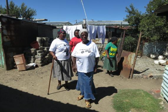 Togo Simelane (front), Beauty Nkosi (left), Emelina Hlabati (right), Dolly Moleme (back)