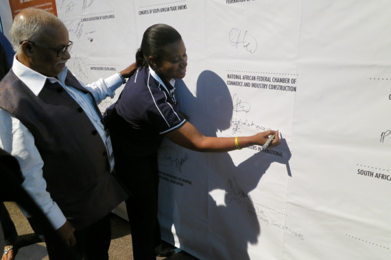 Rose & Jockin sign the second social contract on behalf of SA SDI Alliance and SDI