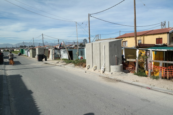 Constantia informal settlement is in close proximity to formal housing.
